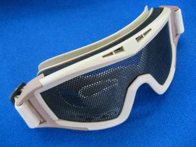 Red Star Wire Mesh Adjustable Goggles tan