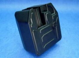 First Factory M4/M16 and Recoil Manual Box Mag (Requires Hi-Cap Magazine)(3000 rnds)
