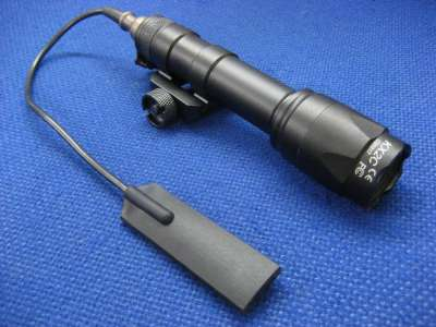 Element SF type M600C LED Scout Weapon Light Rail Mounted